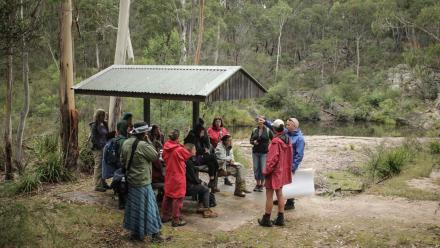 National Parks and Wildlife Service's Franz Peters spoke to ANU arts students about the Bundian Way's history. Photo by Heike Qualitz.