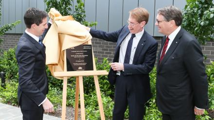 The opening of the Australian Centre on China in the World building by Minister for Education and Training Simon Birmingham, then ANU Vice-Chancellor Ian Young AO and Centre Advisory Board Chair Warwick Smith AM. Photo by Stuart Hay.