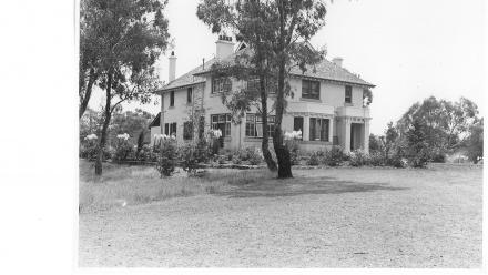 Old Canberra House in the 1920s.