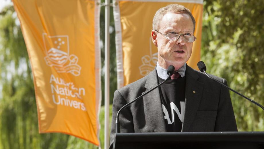 Lieutenant-General David Morrison AM (Retd) at the ANU Commencement Address. Photo by Stuart Hay.