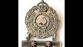 Female Relative Badges were issued by the Department of Defence during the First World War.