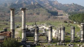 The ancient ruins of Turkey were uncovered by students from the ANU Centre for Classical Studies.