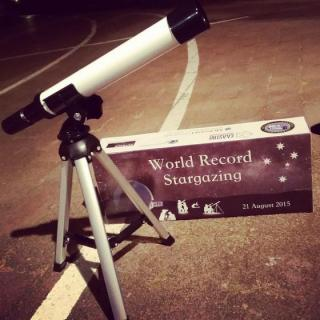 The World Record Stargazing attempt at ANU. Photo by Cara Skelsey.
