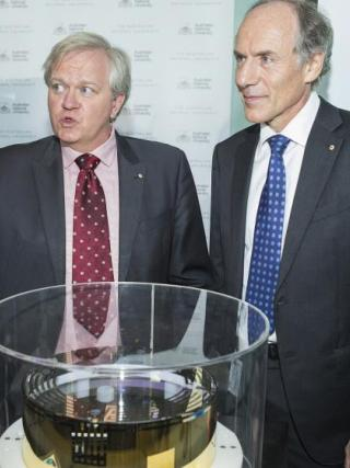ANU Vice-Chancellor Brian Schmidt AC and Australian Chief Scientist Dr Alan Finkel AO at the gravitational waves discovery media event. Photo by Stuart Hay.