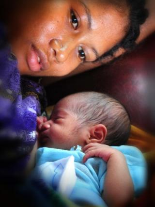 Many new mothers in Pacific nations die in childbirth.